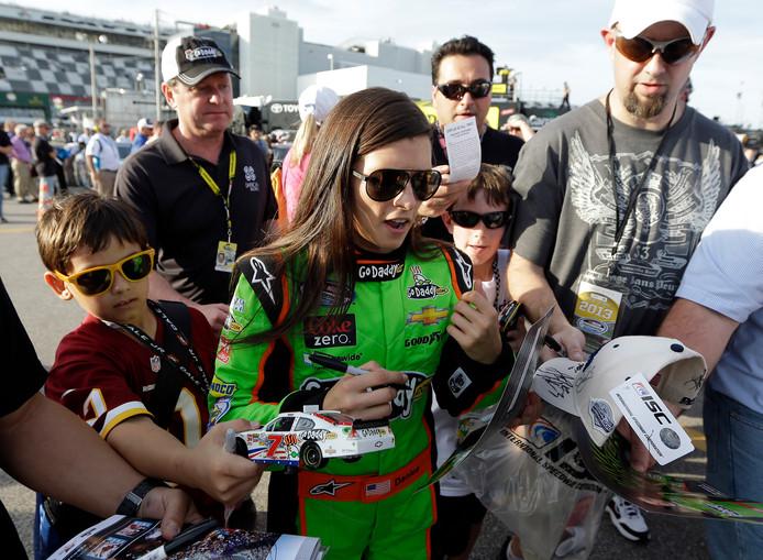 Danica Patrick, zo ongeveer de beste vrouwelijke autocoureur die er is geweest.