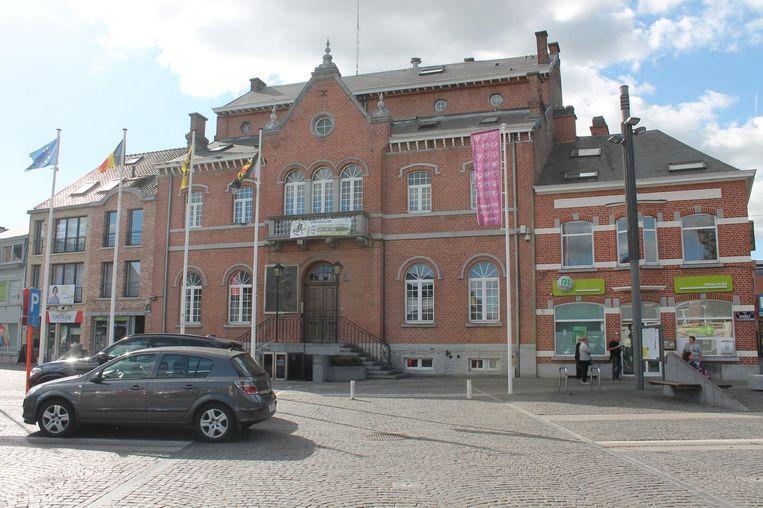 Het gemeentehuis van Lennik