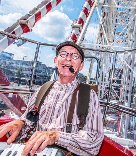 Znerik uit Oisterwijk zingt graag voor ouderen, maar niet 'gratis en voor niks'