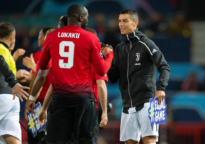Romelu Lukaku, toen nog Manchester United, en Cristiano Ronaldo.