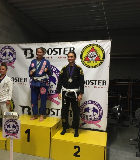 Drie Vlissingse medailles tijdens Female Fighter Cup