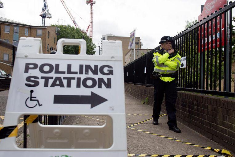 Een beeld van bij de verkiezingen in 2017: twee en een half jaar later kunnen de Britten opnieuw naar de stembus, op 12 december deze keer.