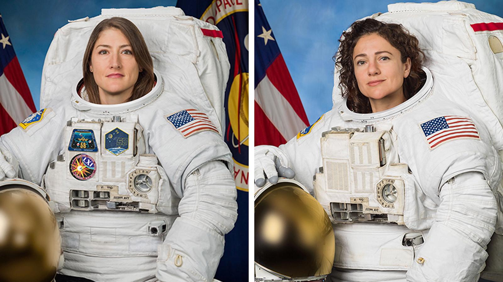 Astronauten Christina Koch (links) en Jessica Meir.