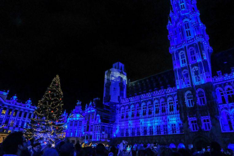 De opening van Winterpret op de Grote Markt zag er zo uit.