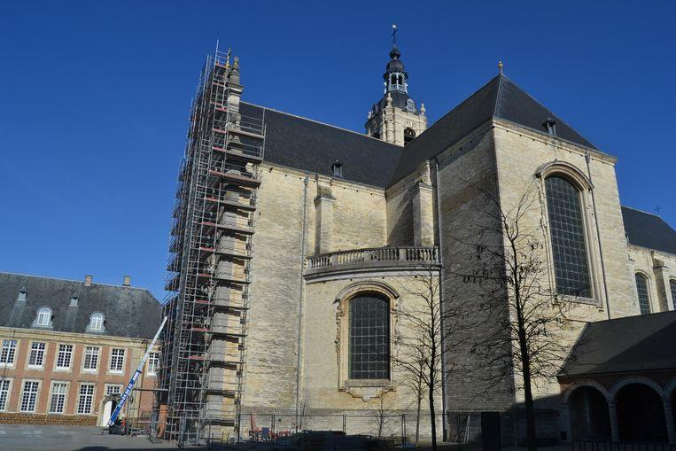 De abdijkerk.