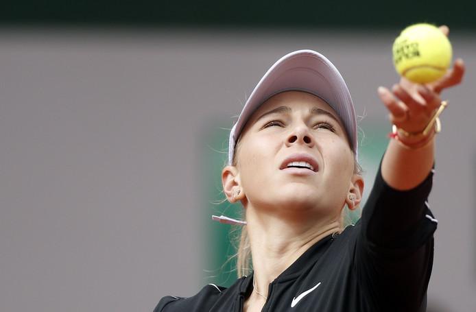 Amanda Anisimova tijdens de halve finale van Roland Garros tegen  Ashleigh Barty.
