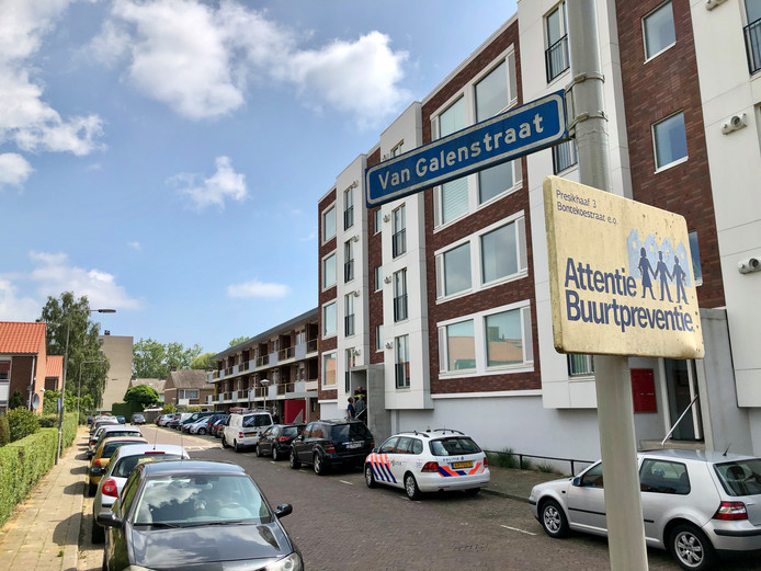In een woning aan de Van Galenstraat in Arnhem is woensdagochtend een lichaam aangetroffen.