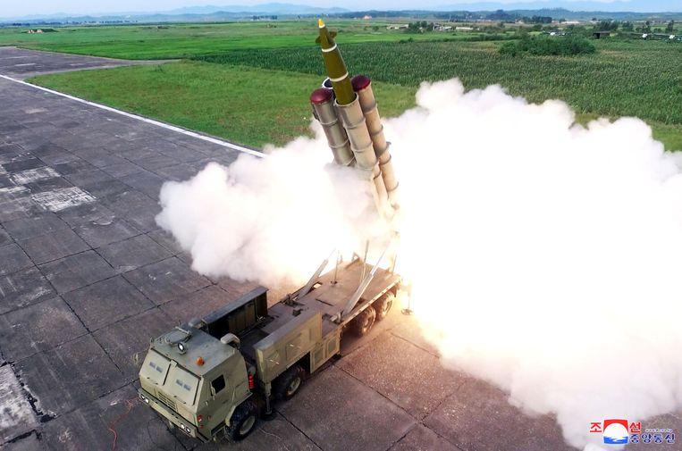 De Noord-Koreaanse raketten kunnen vanaf mobiele lanceerinstallaties worden afgevuurd, waardoor ze moeilijk ontdekt kunnen worden.  Beeld REUTERS