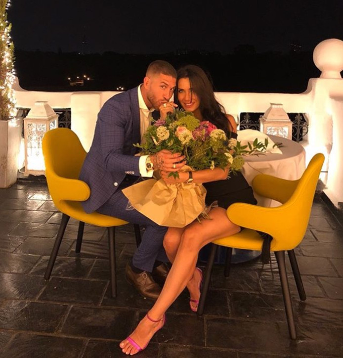 Sergio Ramos en Pilar Rubio na hun verloving.