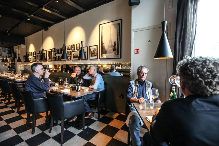 Familiezaak Minevitus/Vity's wijnbar in Weesp Beeld Eva Plevier