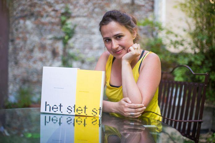 Voormalig stadsdichter Maud Vanhauwaert