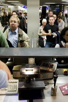 Proef Schiphol: laat het paspoort in de tas, scan je gezicht