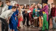 Leerlingen van De Regenboog schitteren in musical 'Sjakie en de chocoladefabriek'