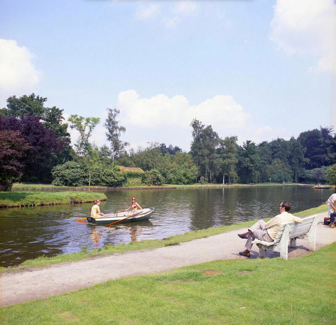 Tot in de jaren tachtig lag de vijver van de Kienehoef in Sint-Oedenrode vol roeibootjes.  De Stichting Streekpark Sint-Oedenrode wil dit laten herleven.