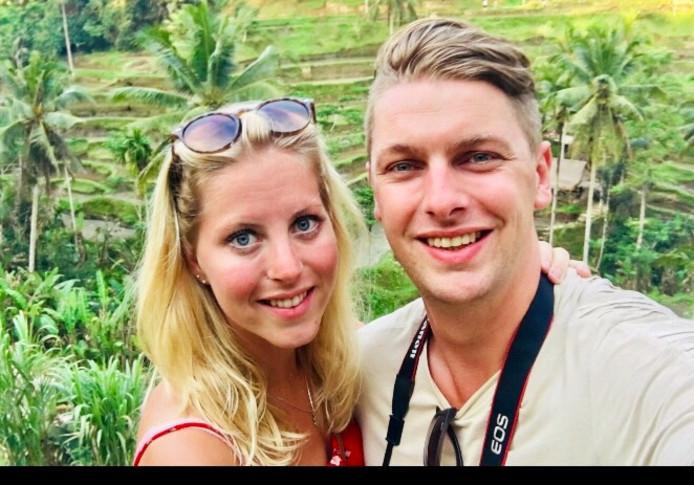 Britt Westrik en haar vriend Bart. Waren op Lombok tijdens aardbeving.