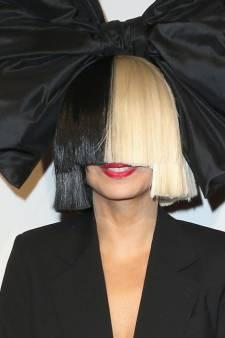 Comment Sia a sauvé une adolescente des griffes d'Harvey Weinstein