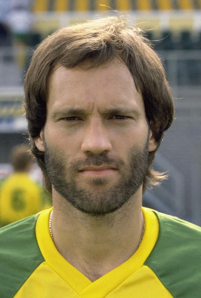Martin Jol in het shirt van FC Den Haag in 1986.