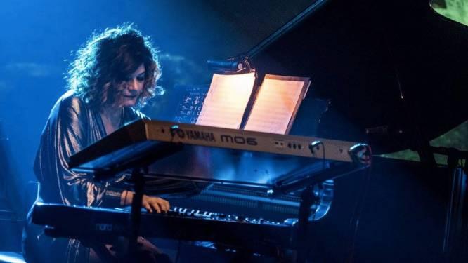 """Tylaine Van den Broeck (Helmut Lotti/Praga Khan) stelt  album voor: """"Al te lang moeten uitstellen"""""""