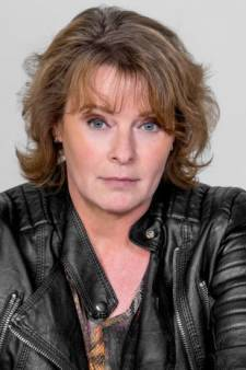 Corine Hartman signeert haar nieuwe thriller