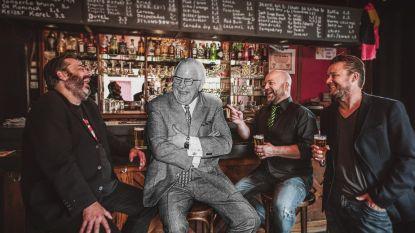 Sven De Ridder brengt hommage aan legendarische moppentapper Tony Bell