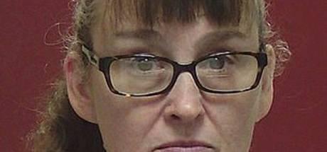 Oma riskeert levenslange celstraf omdat ze 2-jarig kleinkind 'kalmeerde' in kokend water