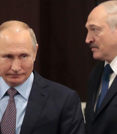 Loekasjenko irriteert Poetin met druistige monoloog