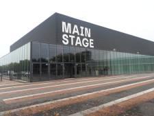 Mainstage op gevel Brabanthallen