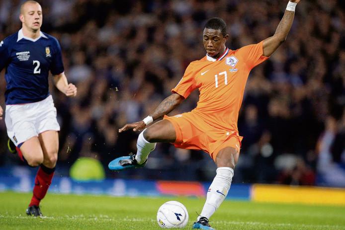 Eljero Elia met de 0-1 in het laatste duels met Schotland.