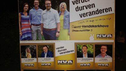 N-VA-affiche beklad met naziboodschappen