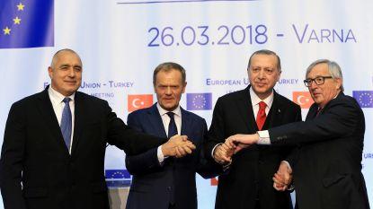 """Top EU-Turkije om plooien glad te strijken: """"Geen vooruitgang geboekt"""""""