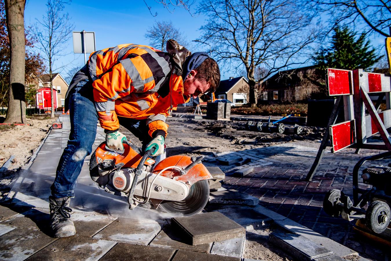Foto ter illustratie. Vooral voor mensen in de zware beroepen is budget nodig voor persoonlijke ontwikkeling, stelt werkgeversorganisatie AWVN.