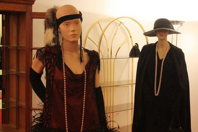 In de jaren 20 doken kledingstukken met decolletés op.