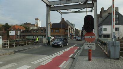 Rijrichting Tolpoortstraat draait op zaterdag 6 april, stad belooft handelaars evaluatie na zes maanden
