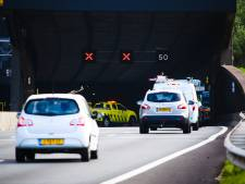 Kettingbotsing bij Heinenoordtunnel zorgt voor flink file op A29