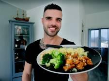 Bodybuilder Marvin is een echte kookfan: 'Je eet om te groeien, niet voor de smaak'