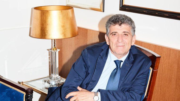 Pietro Bartolo: 'Als mens vind ik het belangrijk dat het allereerste contact, als ze aan land komen, goed is.' Beeld Valentina Vos