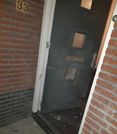 Politie krijgt tip binnen over vuurwerkbom bij burgemeester van Woensdrecht