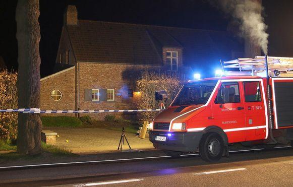 De oprit van de woning aan de Gammel waar de moordpoging plaatsvond op 6 april 2017.