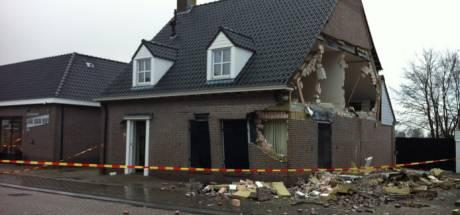 Uitstel voor het opknappen van ontploft huis in Riel