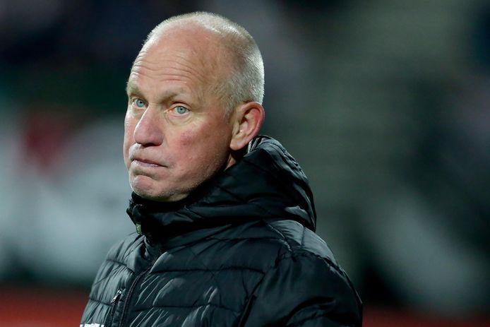 NEC-trainer Ron de Groot zag zijn ploeg moeizaam winnen van Helmond Sport.
