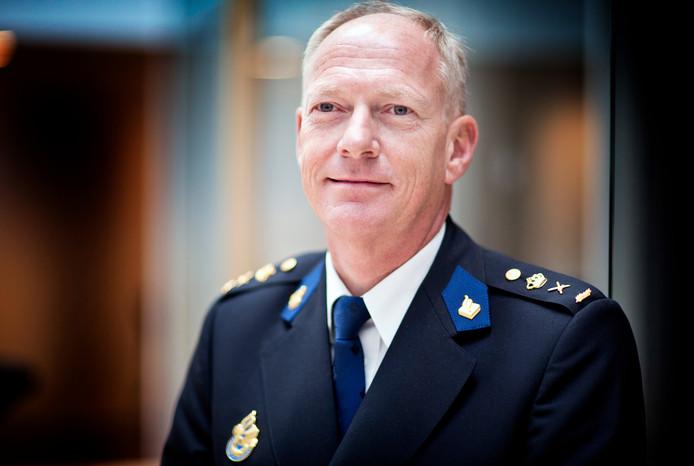 Oscar Dros, politiechef van Oost-Nederland. (Foto: Guus Schoonewille)