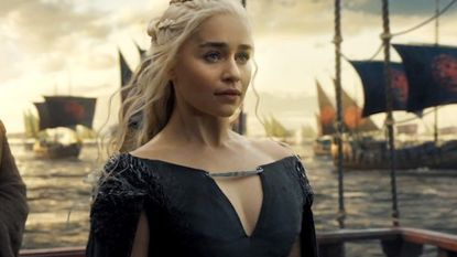 Emilia Clarke heeft geen spijt van naaktscènes in 'Game of Thrones'