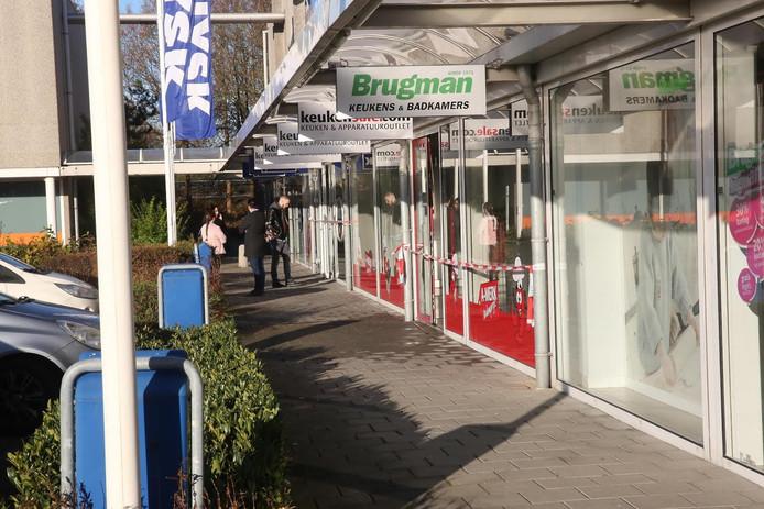Drie winkels op het Oostplein in Roosendaal werden getroffen door wateroverlast.