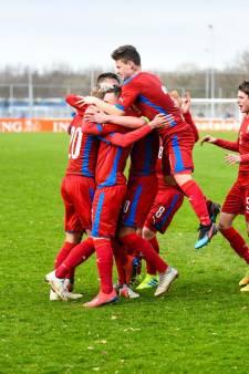 Tsjechische voetbaltalenten verslaan Israël op Alphense bodem