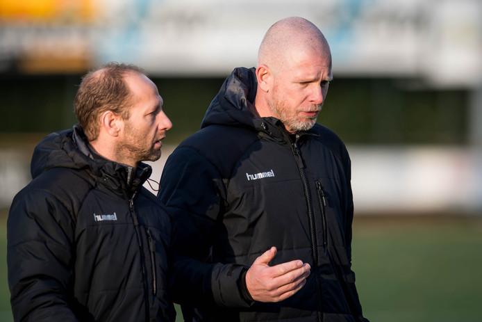 HSC'21-trainer Daniël Nijhof (rechts), hier op archieffoto, komt met lege handen terug uit Den Haag. Zijn team verloor met 2-0 van Quick.