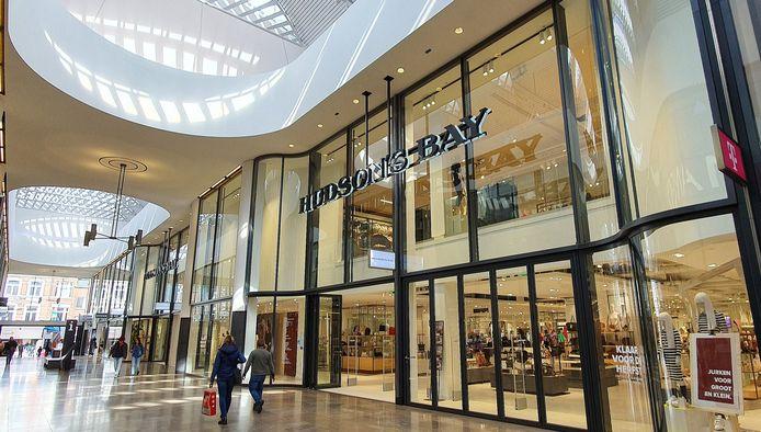 Hudson's Bay in Breda, ingang vanuit winkelcentrum de Barones.