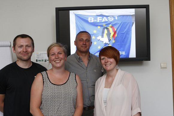 Luc Poffé (tweede van rechts) maakt al vijftien jaar deel uit van het B-FAST-team. Hij wordt vanaf nu bijgestaan door Tom Peeters, Maïte Vandebroeck en Kelly Truyens.