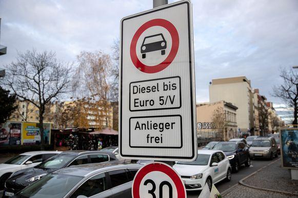 De lage-emissiezone in Berlijn, Duitsland.