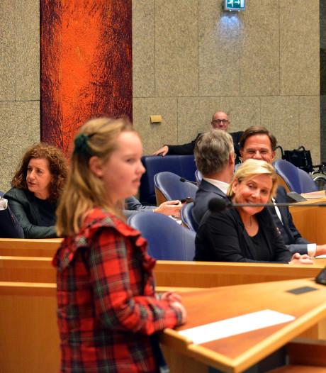 Elin (11) uit Enschede met brandende vraag naar Tweede Kamer