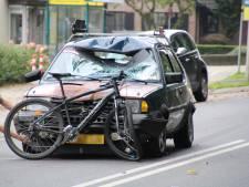 Fietser gewond bij aanrijding op Stationsweg in Barneveld